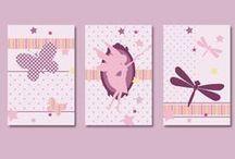 décoration fée pour chambre de fille / décoration fée pour chambre de petite fille. Affiche fée, sticker, coussin, linge,... Le thème fée  se décline en rose et violet pour les petites princesses Fairy decor, wall art, fairies, baby girl nursery, nursery decor, playroom