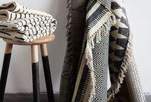 die schönsten Böden und Teppiche / ...zieren euer  Zuhause und machen Küche, Wohn- und Schlafzimmer zu einer stilvollen Wohlfühloase. Ob knalliger Hochflorteppich, naturbelassenes Fell oder geschmackvolle Terrassenfliesen:  Mit dem richtigen Boden fühlt ihr euch rundum wohl.