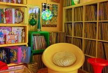 Seventies Love / Die Möbel der 70er machen in jedem Zuhause eine flotte Figur. Hier findet ihr echt dufte Einrichtungsideen für eine bombastische Atmosphäre!