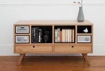 Raus mit dem Baum - die neue Leichtigkeit / Geradlinige Formen, gedeckte Farben und modernes Design: Mit minimalistischen Möbeln erlebt ihr eine neue Leichtigkeit in eurem Zuhause!