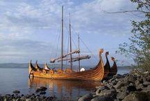 022.   V25.   Vikingschepen / In Roskilde is een prachtig museum over vikingschepen en hun leefwijze op zee.