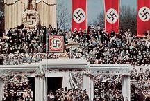 008.   H04.   Holocaust / Misdaden in de naam van een volk.