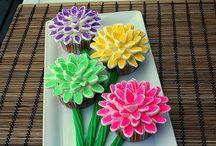 Baking / Delicious treats / by Emma Johnson