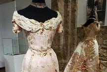 Arte...pura / Abiti,corsetti , scarpe  d'epoca e non