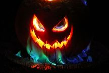 Halloween }°0°{