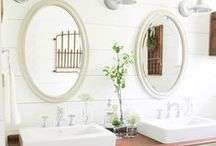 Bathrooms / Bathrooms, tubs, vanities, decor