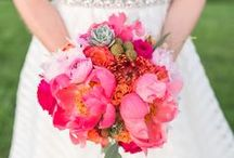 The Flowers / Inspiration for wedding floral design in all seasons.