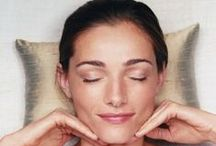 Workouts for Clear Skin / Acne can sometimes be caused by stress and working out consistently can really help alleviate that stress. Follow one of these workouts to start to hal your skin naturally, from the inside out:) Heal acne naturally, face mapping, clear skin diet, heal your face with food, heal acne naturally, diy acne, acne face map, DIY for acne treatment, food for your skin, recipes for acne, heal acne naturally, clear hormonal acne, natural acne treatments,