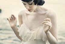 Moda, Stile e Vintage / Un pezzo di stoffa, due pezzi di stoffa, tre pezzi di stoffa ...