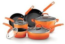Famous Chefs Kitchenware - Cookware, Tools and Utencils / Celebrity Chef Kitchenware - If you prepare a meal from a celeb chefs' cookbook or TV show, make it even better with the authentic kitchen tools they are using. On this board you will find only the best and tested celebrity cookware.