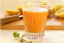 Acne Clearing Smoothie Recipes / A delicious list of yummy acne clearing smoothie recipes from Heal Your Face With Food. Heal acne naturally, healthy skin recipes, recipes for acne, DIY acne clearing recipes, green smoothies, hormonal acne, face mapping, clear skin diet, heal your face with food, heal acne naturally, diy acne, acne face map, food for acne, foods that cause acne foods for clear skin, food for your skin recipes for acne, heal acne naturally, clear hormonal acne, natural acne treatments, clear skin diet