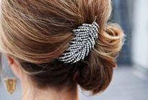 Accessories / Wedding shoes, hairbands, veils and accessories.