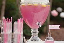 Drinks / by Hannah Jones