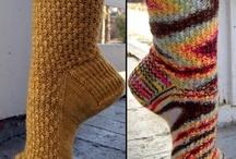 Knitting / by Corinne Gaudet