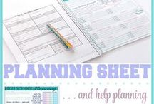 Homeschool Organization and Planning / Organize your homeschool space and materials and find helpful ways to plan your homeschool day and the year.