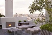outdoor fireplace / ideas for  outdoor fireplaces