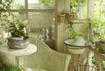 French Country Cottage Chic / French Shabby Chic Cottage decorating ideas...