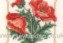 KUKKIA / Ristipistoin tehtyjä kukkasia