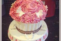 #IBake / Baking cakes