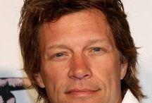 bon jovi / Bon Jovi est un groupe de rock américain formé en 1983 à Sayreville, dans le New Jersey. Son nom provient de celui du leader et chanteur principal, Jon Bon Jovi (John Francis Bongiovi, Jr.).Personnellement le meilleur des groupes / by Martine-nuage Labelle