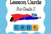 Literacy Activities : Early Grades / Ideas, activities, and resources for teaching reading and writing in the kindergarten, 1st grade, or 2nd grade. Focusing on active learning activities, I've gathered up the best common core aligned, reading comprehension, vocabulary, centers, and games for elementary teachers.