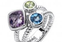 Colore / Jewelry that comes in an array of colored gemstones.