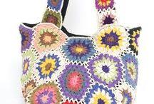 Crochet bags, phone holders / horgolt táskák, telefontartók