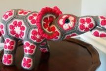 African crochet flowers / horgolt afrikai virágok