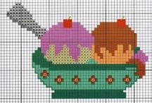 Cross stitch/ Cup cakes