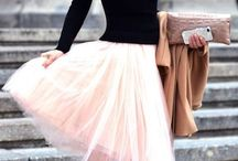 | Skirts, skirts, skirts ! |