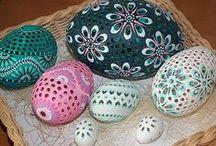 Easter Egg / Carved and Wax Embossed - Kraslice madeirové/děrované / kraslice děrované a většina také zdobená voskem