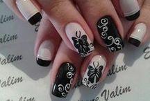nail art / by Rachel Pruitt