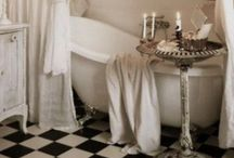 Cozy Spaces / by Susan Beville Culverhouse