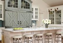 kitchen & bars / by Deneen Yonts-Wood