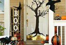 Fall Decor / We can't believe Fall is approaching so quickly! We do love the weather during this time of year and also the decor for our households.