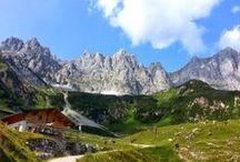 Kaiserkrone & Region Wilder Kaiser / Die sechstägige Wanderung von Hütte zu Hütte gehört zu den schönsten mehrtägigen Rundtouren Tirols. Die Kaiserkrone führt Bergwanderer auf 55 Kilometern und 9.300 Höhenmetern einmal rund um das imposante Massiv des Wilden Kaisers. Wandern & Weitwandern in Österreich - Tirol.