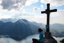 Gipfelsiegerinnen & Gipfelsieger / Grandios - das sind Eure Gipfelsiege zu unserem Bischofsmütze-Gewinnspiel - eine kleine Auswahl zumindest. Forsetzung folgt! LIKE, LIKE, LIKE!!! (y)  Und für alle die noch mitmachen möchten - bis 31. Mai habt Ihr noch die Chance!   Weitere Infos: http://www.weitwanderwege.com/gewinnspiel-wandern-weitwandern-huettenwanderung-bischofsmuetze-salzburg/
