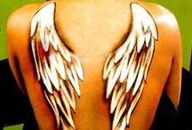 ☼ Tatouage Ange ☼ / Tatouage d'ange et d'ailes d'anges. Vous avez les anges dans la peau?  ☼ www.angesgardiens.net ☼ #AngesGardiens #TatouageAnge
