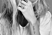 ● Tatueringar