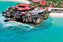Eden Rock-St Barths / A luxurious retreat in Saint-Barths built on a rocky promontory, surrounded by white sandy beaches, and turquoise sea; French art de vivre in the heart of the Caribbean.