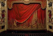 THEATRES DU MONDE / Je voudrais réunir dans ce tableau tous les théâtres du monde, du plus grand au plus modeste
