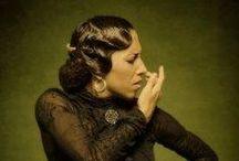 Flamenco hairdos