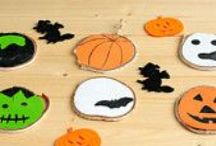 Halloween Home Decor / Halloween Home Decor, Trick or Treat Decor, Halloween Wreaths, felt coasters, placemats and Garlands, Halloween Decorations, Happy Halloween!