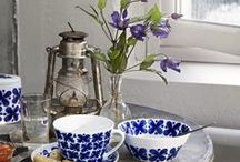 Floral Newlywed Home / Curated Zola gifts for couples who can't get enough of floral home decor.
