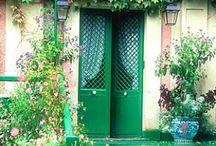 Doors / La porta è la parte più lunga del viaggio....