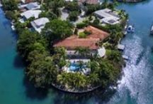 251 Knollwood Drive Key Biscayne Real Estate / Photos of luxury waterfront real estate in South Florida's exclusive island of Key Biscayne.