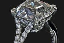 #Accessories #solitaire  #saphire #gold #rubbies