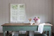 Life of a Farmhouse / Farmhouses that delight and inspire us.
