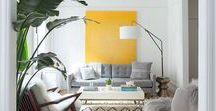 Kolor we wnętrzu / Modne kolory ścian w 2017 roku, kolorowe meble, soczyste salony, wystrój wnętrz w stylu nowoczesnym i klasycznym. Barwne inspiracje na tematy: jak łączyć kolory ścian, jak dobrać kolor kanapy, stołu czy szaf, do czego pasuje róż, czy też z czym gryzie się czerń.