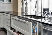 HOME DESIGN - Kitchens / by Vickie Higgins